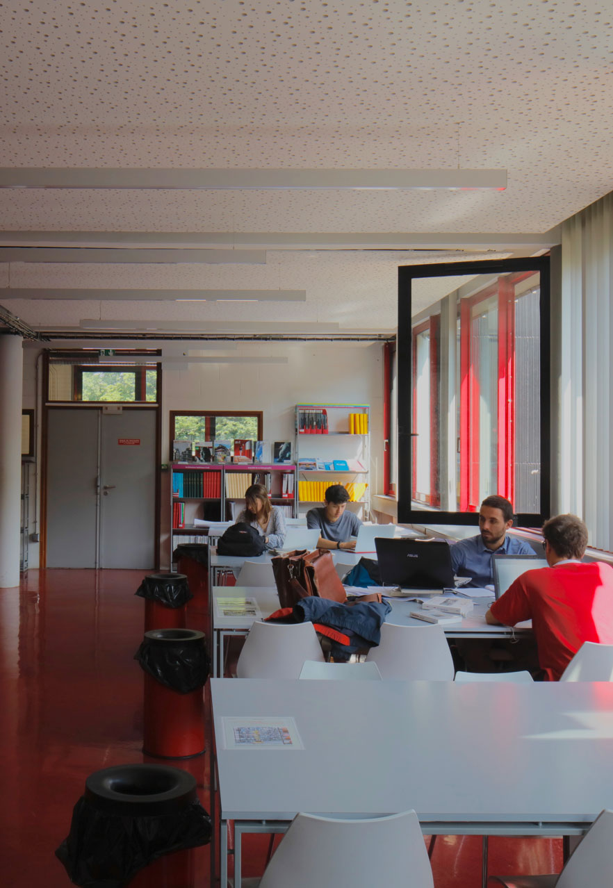 La bibliothèque de l'ENSAPL pendant le confinement